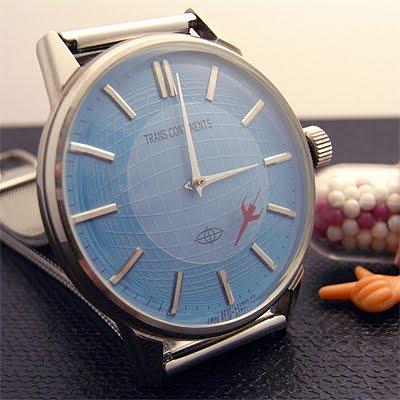 「トランスコンチネンツ」の腕時計「ジェット」