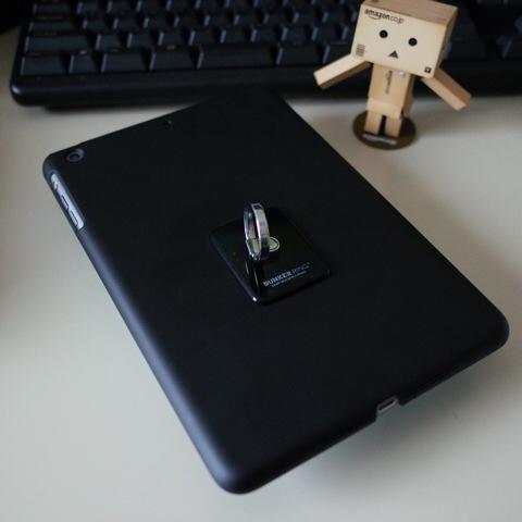 iPad mini Retina 香港版 A1490にバンカーリングBANKER RING 貼っつけた!!